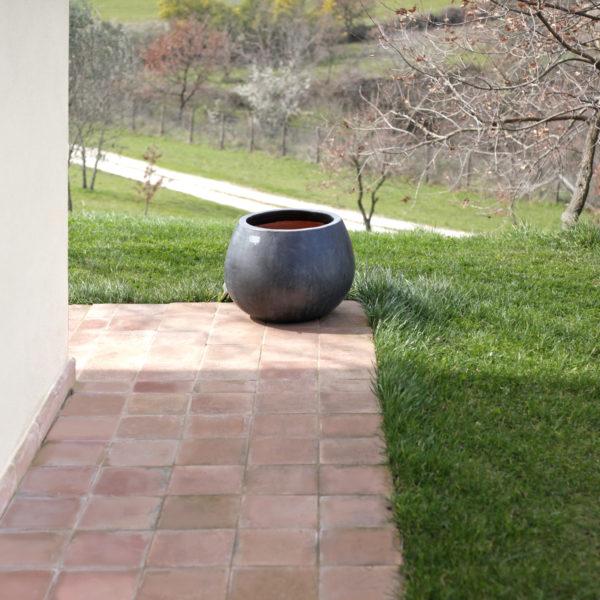 pavimento esterno in cotto fatto a mano, Fornace Femminelli, Castel Viscardo